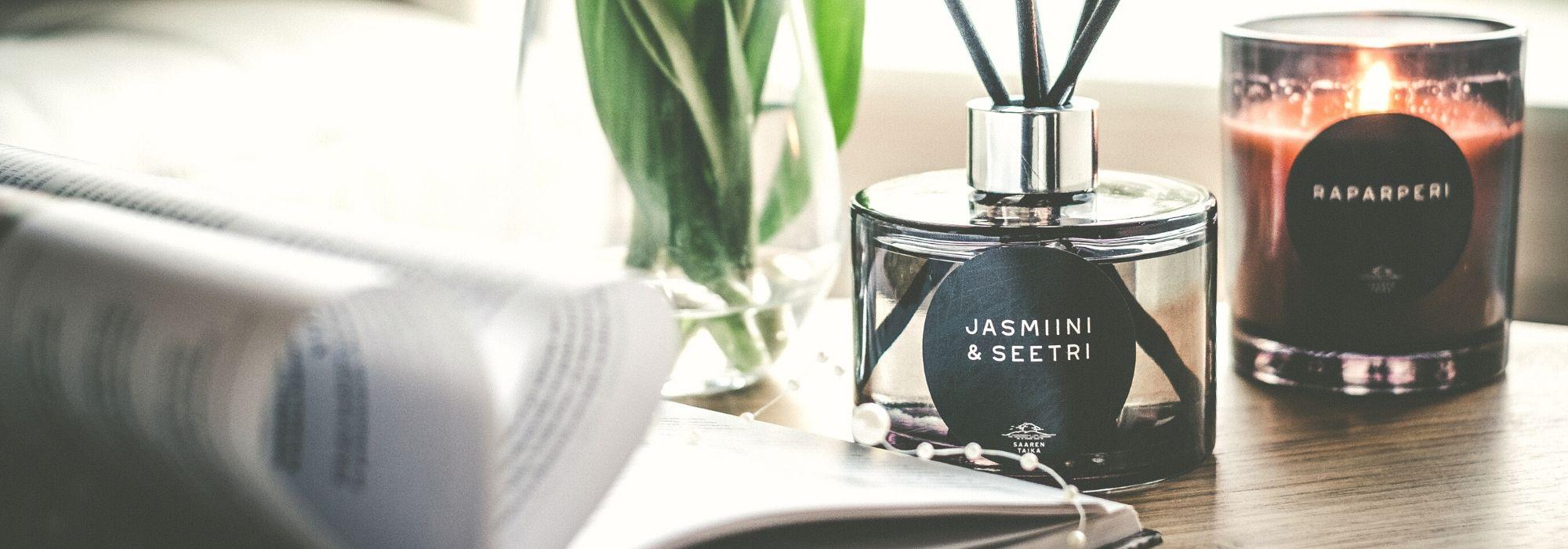 huonetuoksut tuoksukynttilät eteeriset öljyt saaren taika