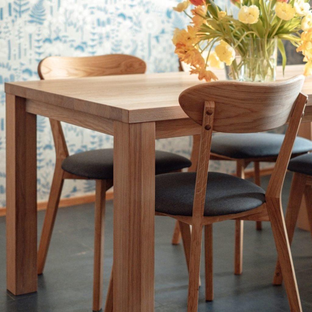 keittiön pöytä boheemiin skandinaaviseen sisustukseen
