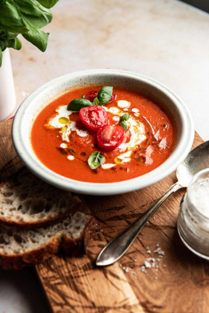 Valmis tomaattikeitto